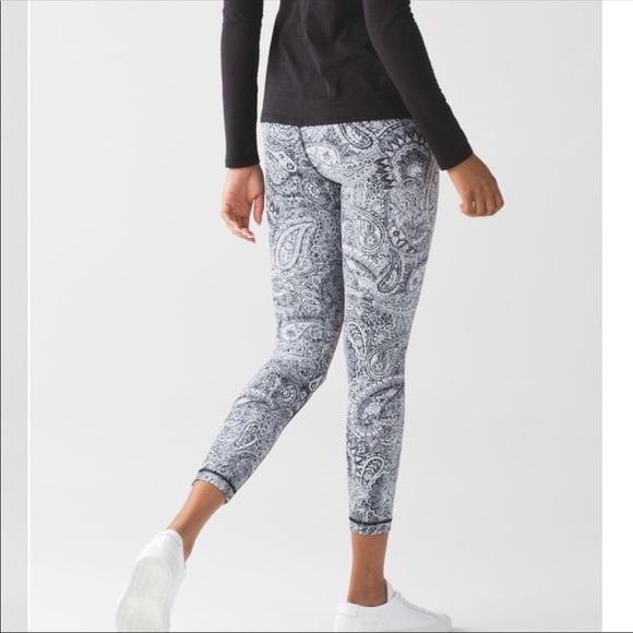c0562286a lululemon athletica Pants - Lululemon High Times Leggings Antique Paisley 6